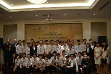 Disadvantaged youth receive top honours from Hanoi's 5-star hotels