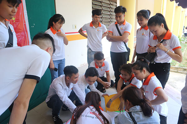 Students were divided into groups to participate in the game