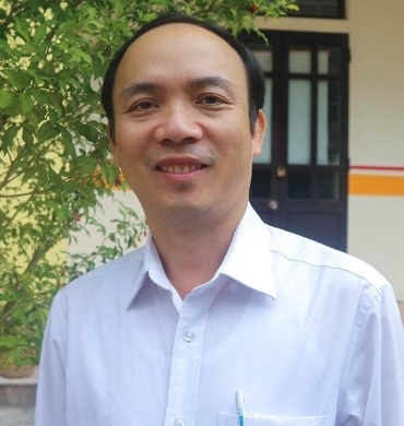 Dung Tran Hue Center Manager at REACH organization