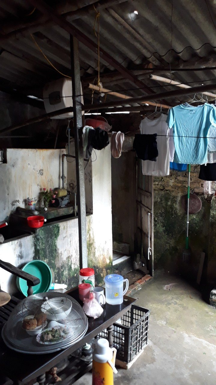 Photos of student home visit, interview in Danang, Hanoi, Hue (3)